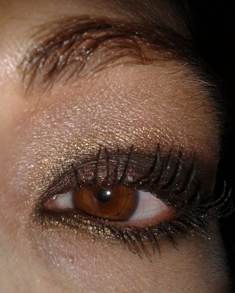 Tuto en photos comment r aliser un smoky eye fa on de faire pas pas les chroniques de sonia - Faire couleur marron ...
