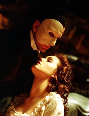 phantom_opera_2004_img2.jpg