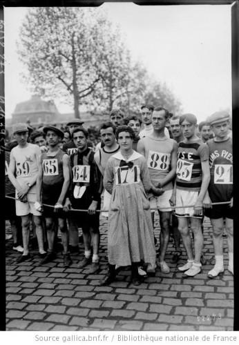j'ai couru le marathon de paris 2014,j'ai couru mon premier marathon,c'est la première fois que je fais un marathon,courir un marathon pour les nuls,comment puis-je courir le marathon ?,finisher au marathon de paris,en combien de temps est-ce que je peux courir un marathon ?,mur du marathon,se prendre le mur,voir le mur du 30ème kilomètre,mur du 35è km